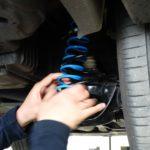 Monteren van hulpveren in je auto - MAD